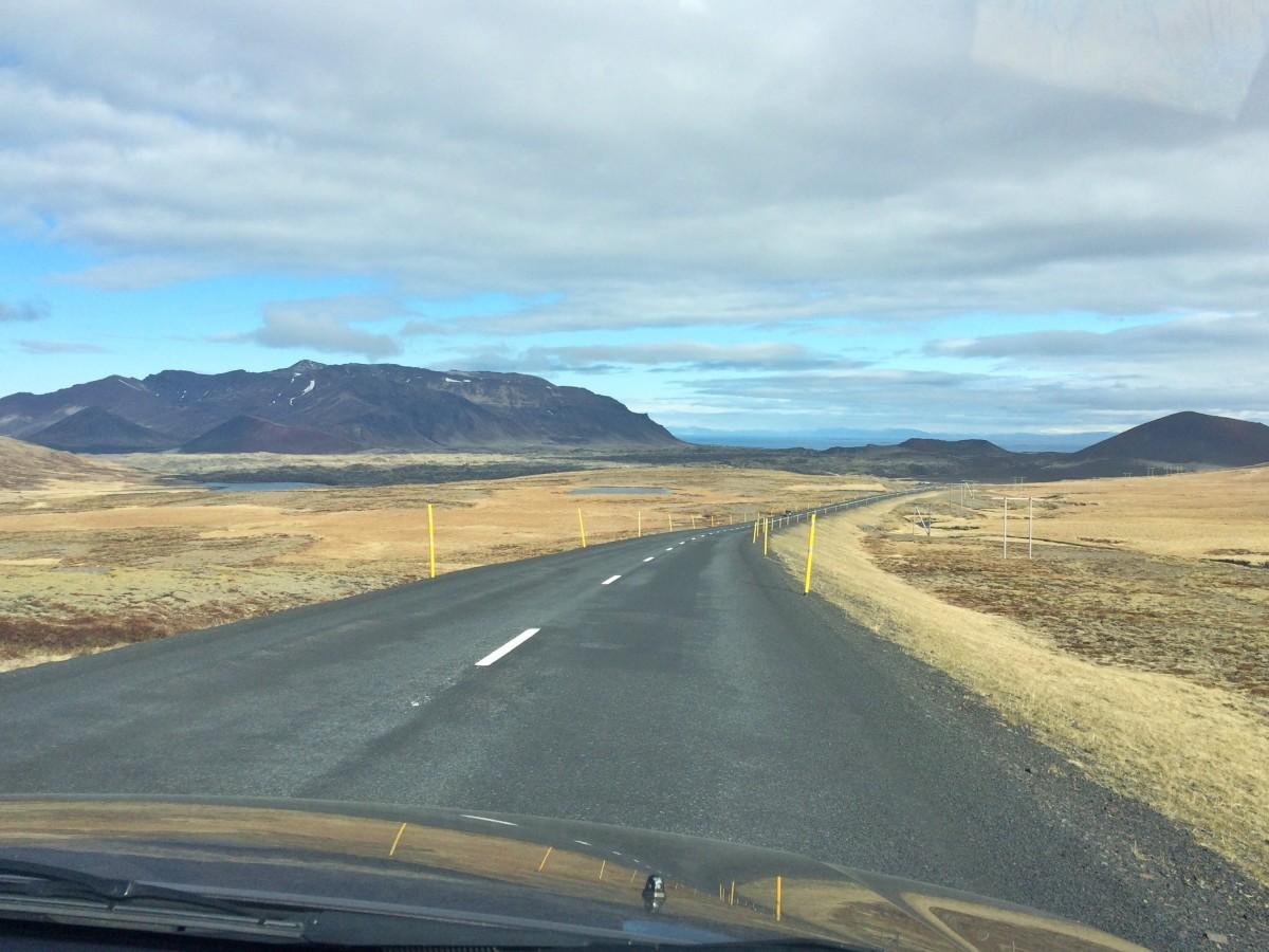 hyra bil på Island