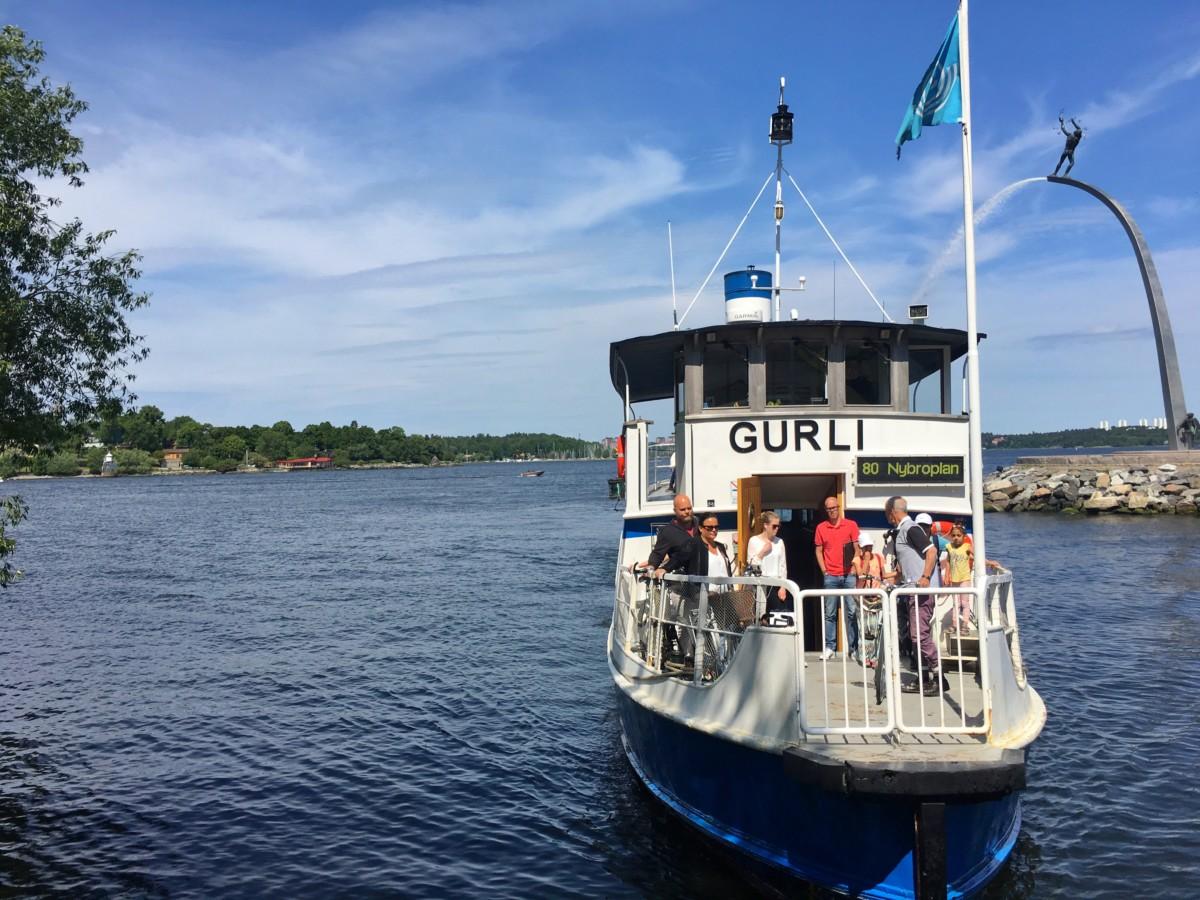 båtpendla