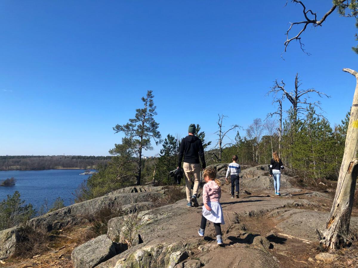 vandra med barn nackareservatet