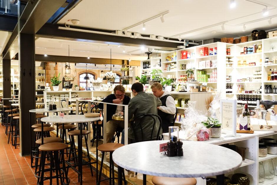 bra restauranger i Uppsala - saluhallen