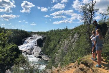 Handöl Handölsforsen Åre vattenfall hängbro