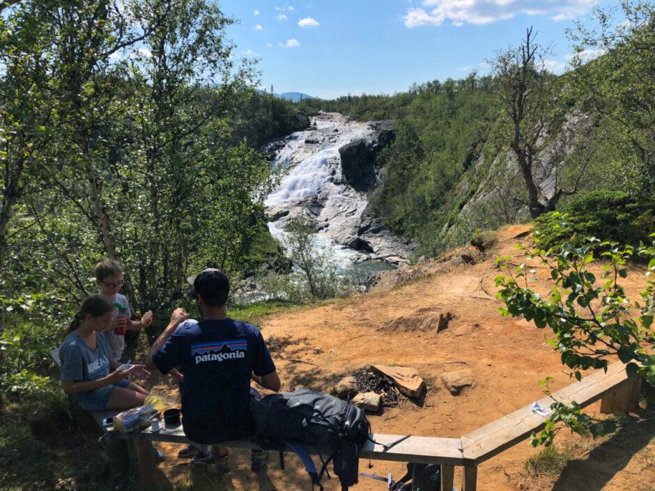 Handöl Handölsforsen Åre vattenfall hängbroq