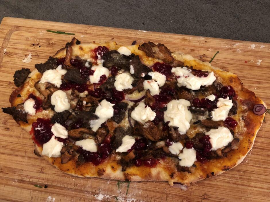 pizza på pizzasten
